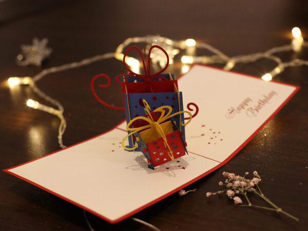 Collection cadeaux anniversaire-carte Pop Up 3D chez cartepopup.com