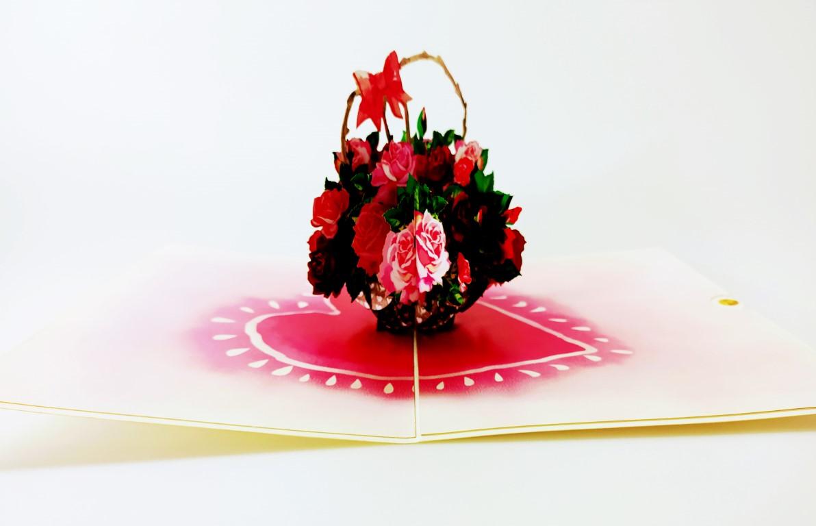 Panier coeur de roses-carte Pop Up 3D, carte de voeux, carte d'amour, félicitations chez cartepopup.com