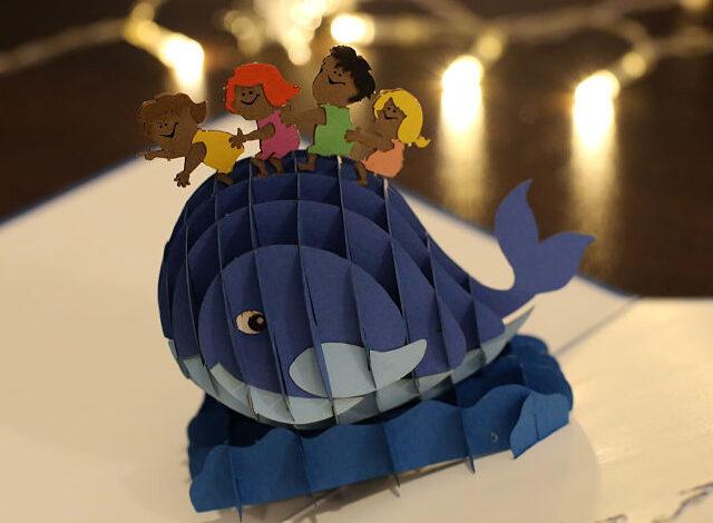 idées cadeau originale carte pop up 3D personnalisable pour vos enfants . Livraison gratuite sans minimum achat. . Nos équipes sont à votre écoute.